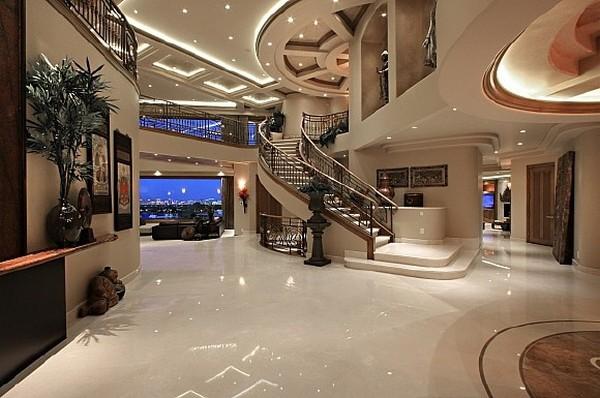 Nicholas Cage VillaFreshome02 Nicholas Cages Former Las Vegas Residence Up for Sale for $8,9 Million