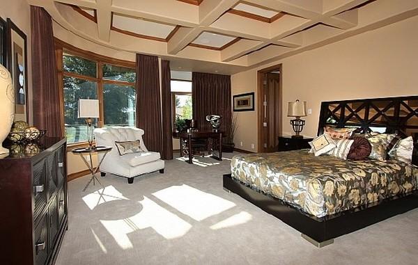 Nicholas Cage VillaNicholas Cages Former Las Vegas Residence Up for Sale for $8,9 Million