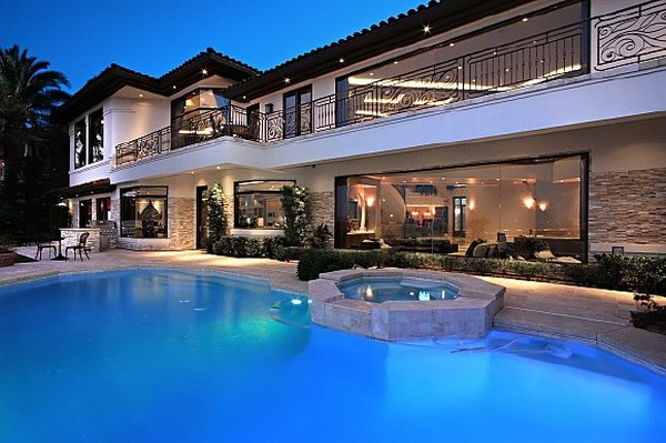 Nicholas Cage VillaFreshome21 Nicholas Cages Former Las Vegas Residence Up for Sale for $8,9 Million