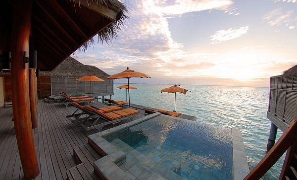 The Luxury Dhigu Resort Maldives 1 11 от най добрите спа курорти по света