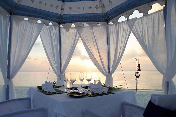 The Luxury Dhigu Resort Maldives 9 11 от най добрите спа курорти по света