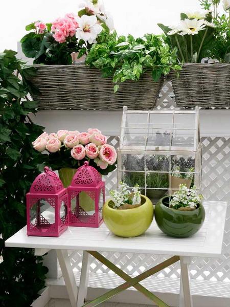 Small terrace and large balcony decor ideas1 3 for Large balcony decorating ideas