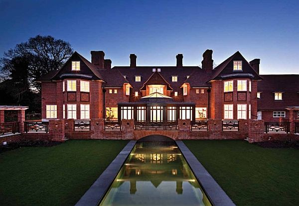 luxurious-property-with-17-bedrooms