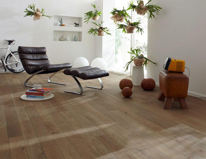 real-wood-flooring-interior-decor