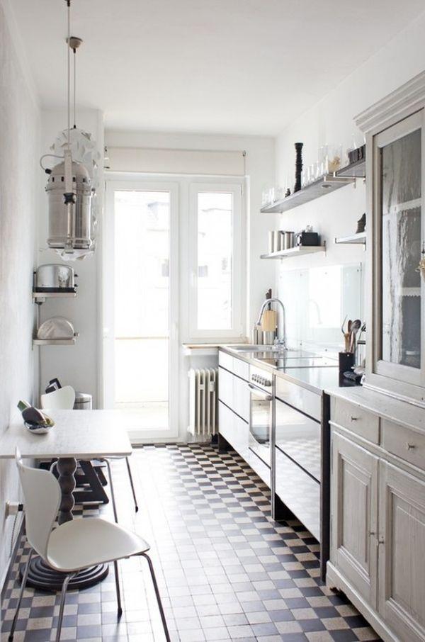 Дизайн для узкой кухни с балконом