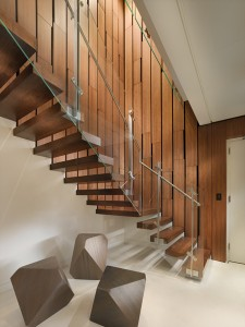 amazing-duplex-penthouse-stair