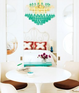 bright-apartment-with-pop-art-details-7