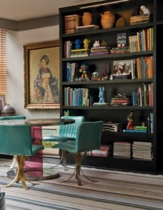 colorful-unusual-apartment-in-a-mix-of-styles-10-554x712