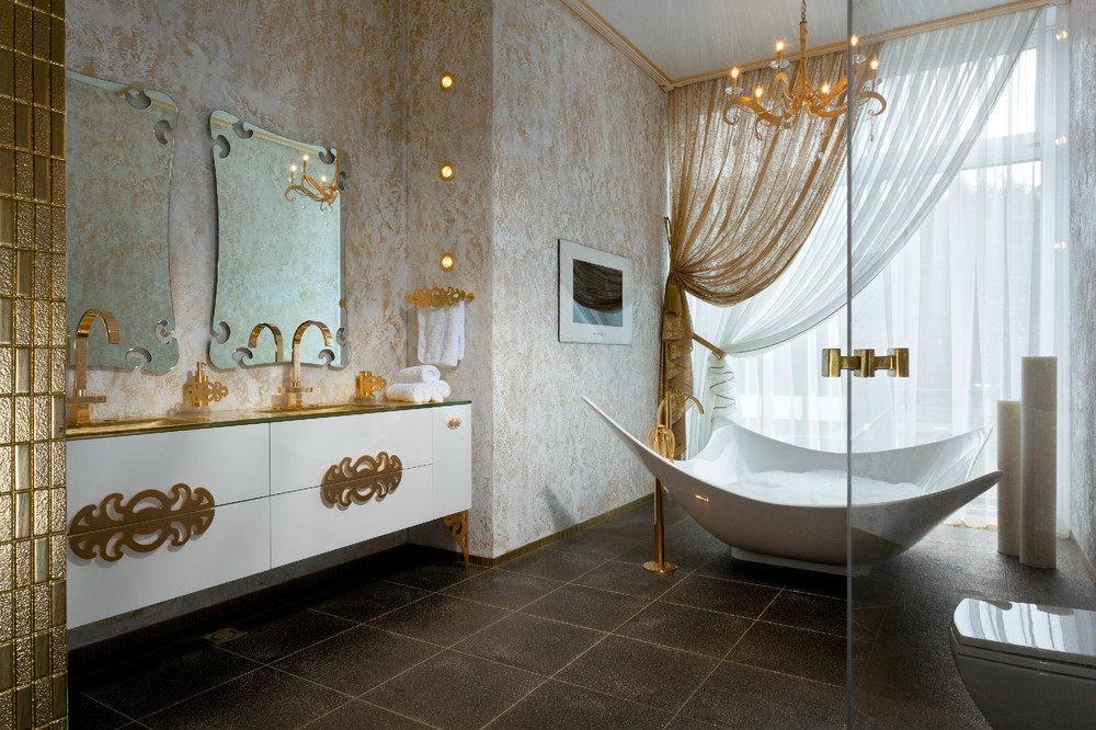 8 Purple and gold bathroom accessories