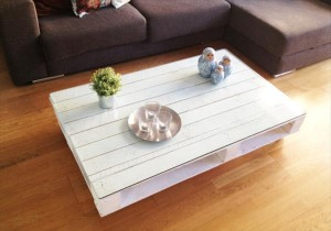 pallet-coffee-table-tutorial-9