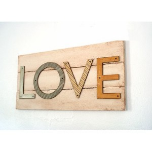 Top-30-Pallet-Wall-Art-DIY-Projects-You-Will-Love-homesthetics-9