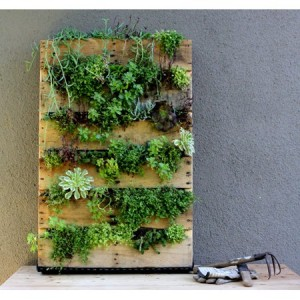 Top-30-Pallet-Wall-Art-Projects-You-Will-Love-homesthetics-22
