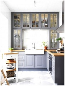 Grey-Kitchen-Cabinets-are-great-with-a-nice-glass-doors-and-beautiful-600x795