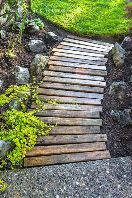 градински пътеки от дървени трупи