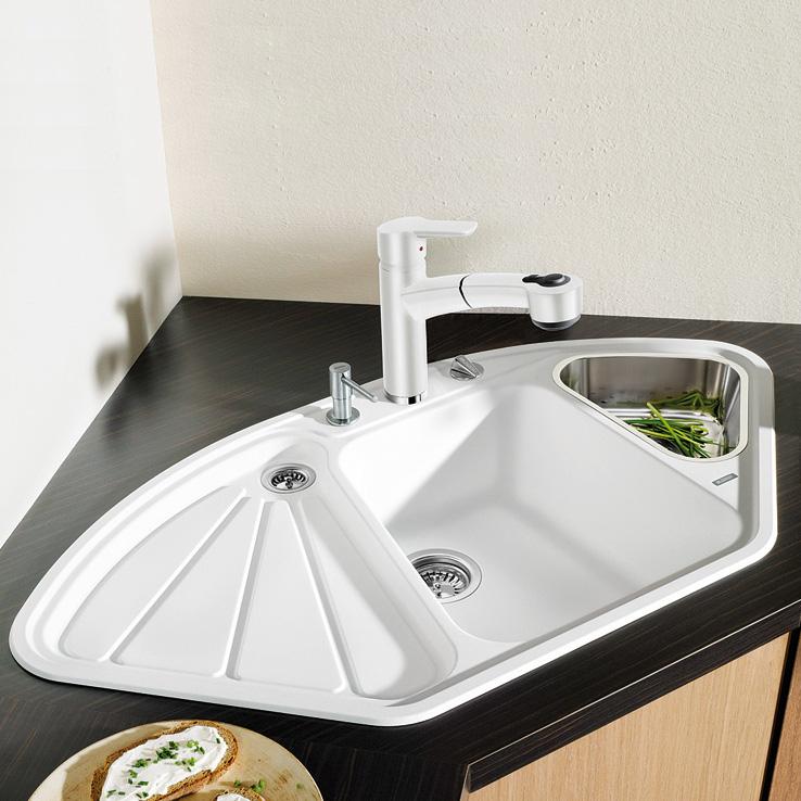 бяла ъглова мивка