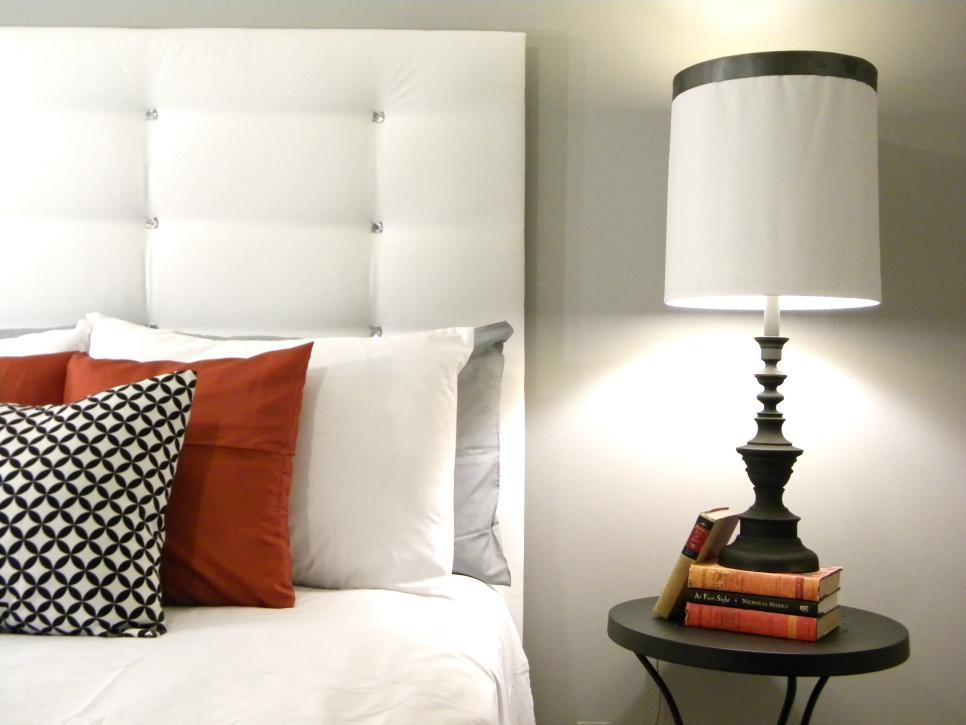 бяла табла за спалня