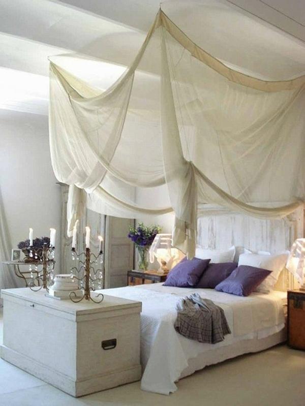 интересна и романтична спалня