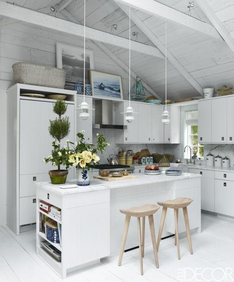 интересна идея за кухня в бяло