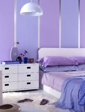 лилави идеи за интериора в спалнята