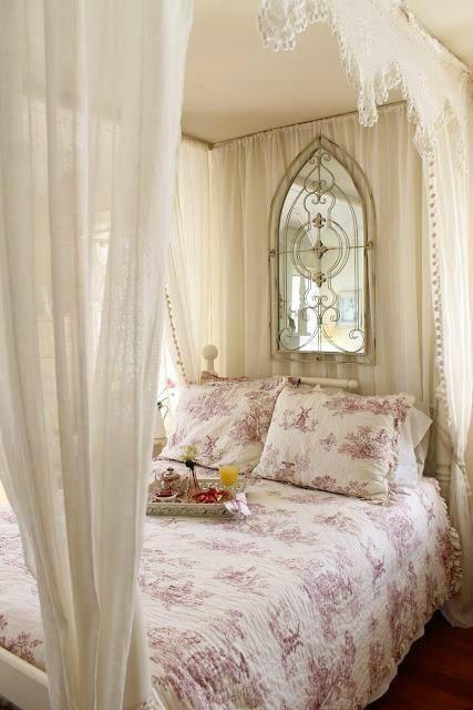 нежна и романтична спалня