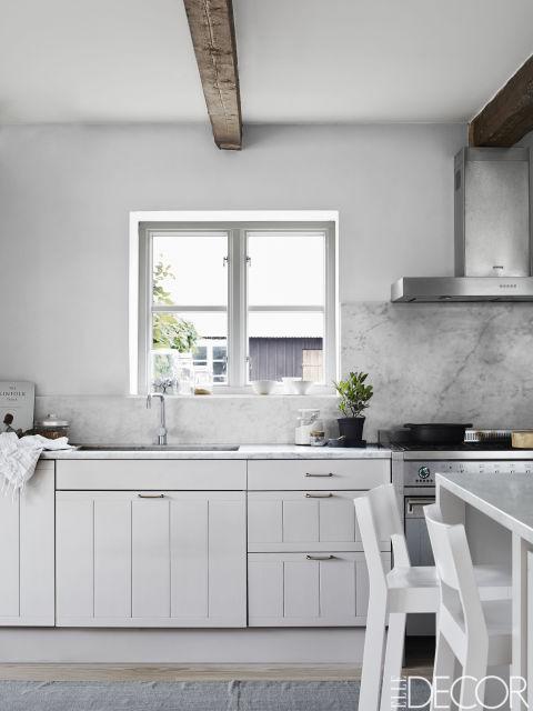 страхотна бяла кухня