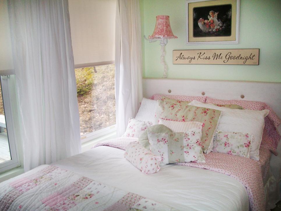 табла в романтична спалня