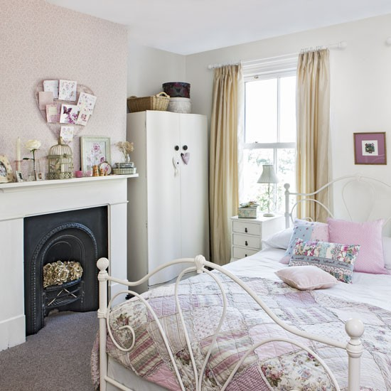 тийнейджърска розова стая
