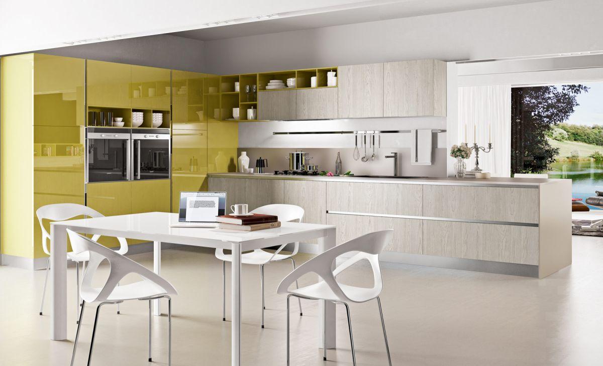 кухня в бежово и жълто