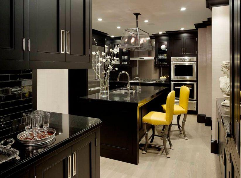 модерна черна кухня 1