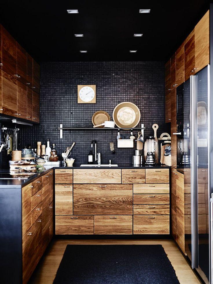 модерна черна кухня 13