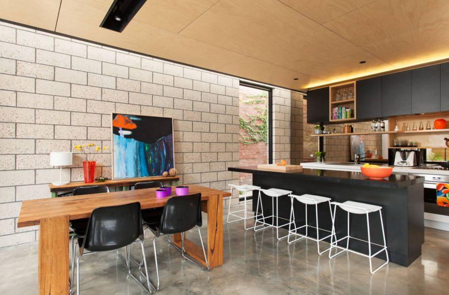 модерна черна кухня 16