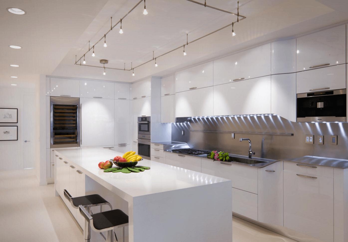 осветление в кухнята 8