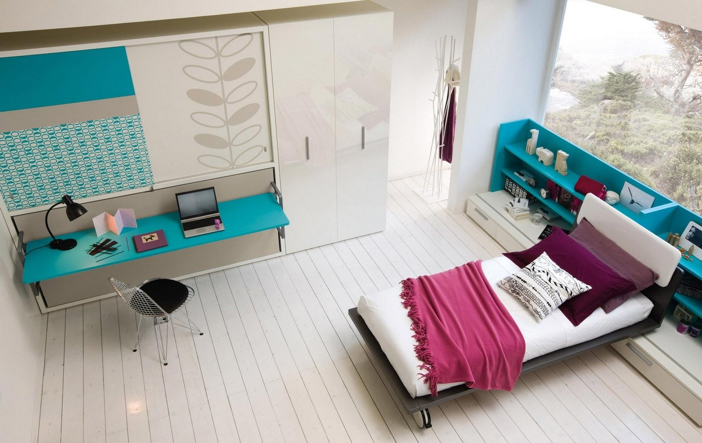 turquoise-desk