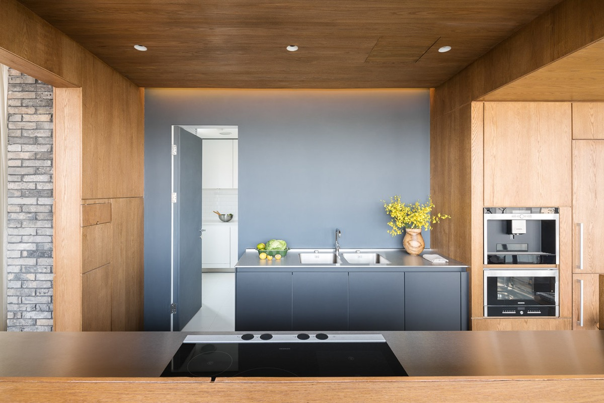 blue-grey-and-wooden-kitchen-small-space
